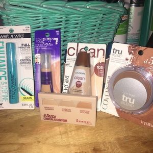 Make up covergirl Foundation mascara concealers 5